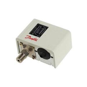 Danfoss Temperature And Presure Switch Mbc8100 (50 To 100c) (122 To 212f) Ip65 Diff. 4c Max Sensor Temp. 200c Rigid Sensor 061b8